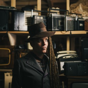 DUKE SPECIAL COLOUR PRESS SHOT_Tradfest